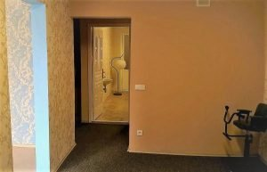 vilnius kvartira v zilom dome s otdelnym vyxodom,vilnius triju kambariu butas su atskiru iejimu