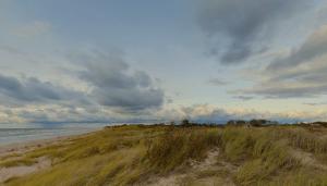 prodaetsia uciastok zemli vozle baltijskogo moria